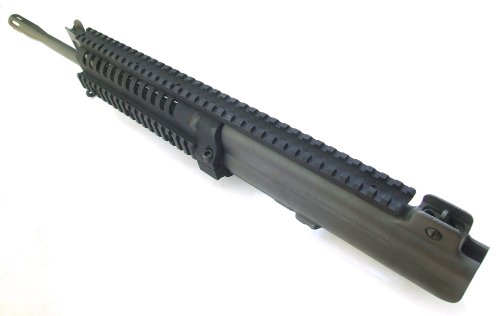 Barrel is free floated with this handguard